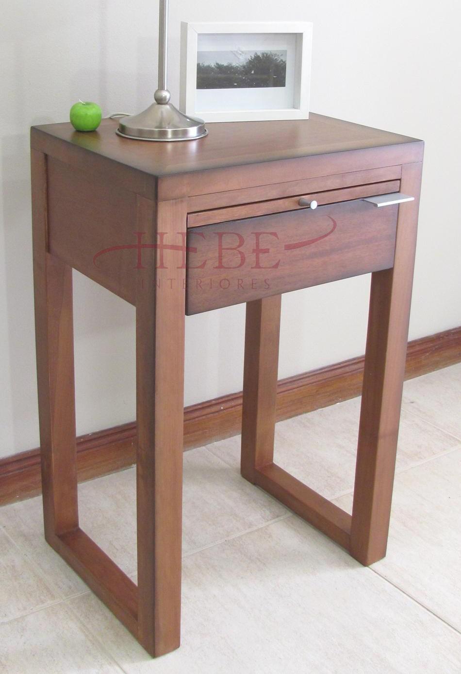 Mesa de guindo moderna mesas muebles para el comedor for Mesas modernas para comedor